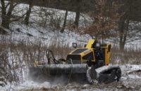 Mulch und Mäharbeiten mit Mähraupe